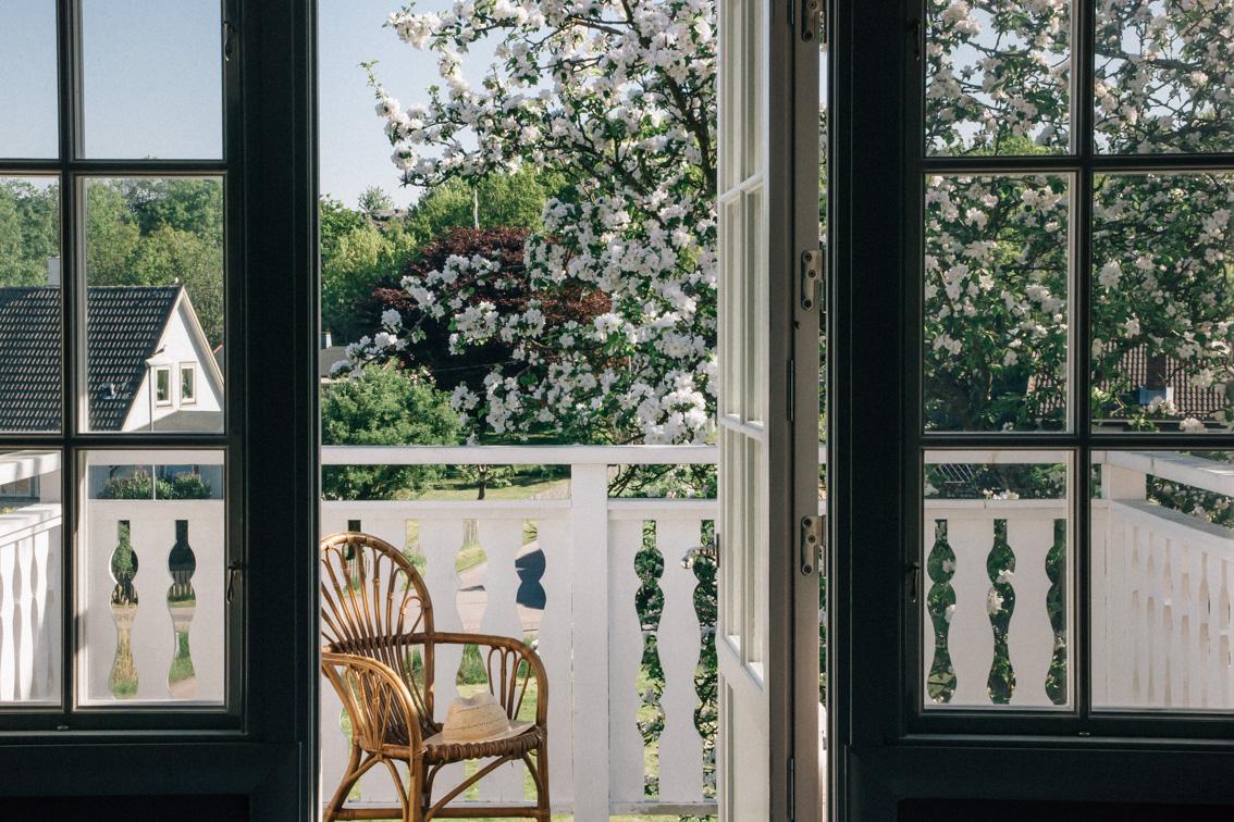 annacate-balcony